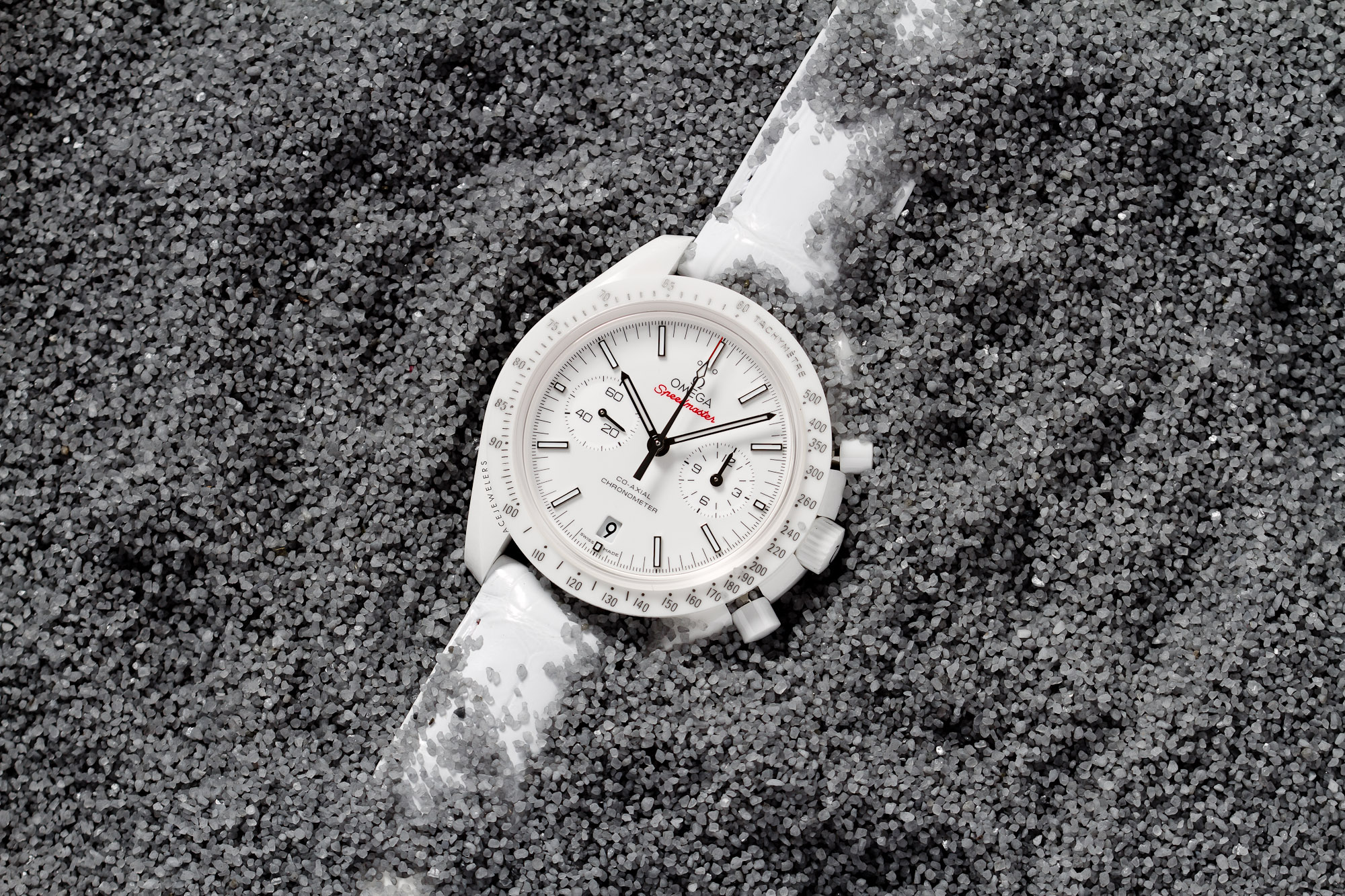 omega-speedmaster-white-side-of-the-moon-ace-jewelers-amsterdam_